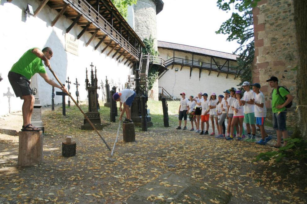 Лагерь словакия мастер маникюра обучение бесплатно в москве